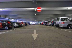 reptéri parkolás